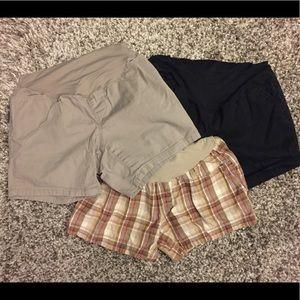 Pants - Lot of 3 maternity shorts